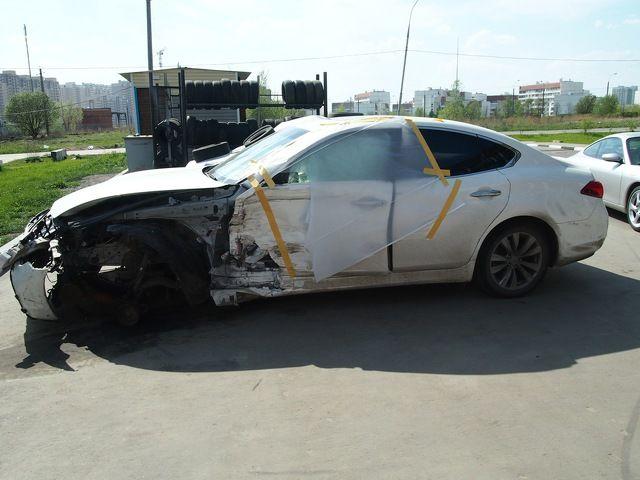 Выкуп битых авто Infiniti M25 в crashedcar.ru