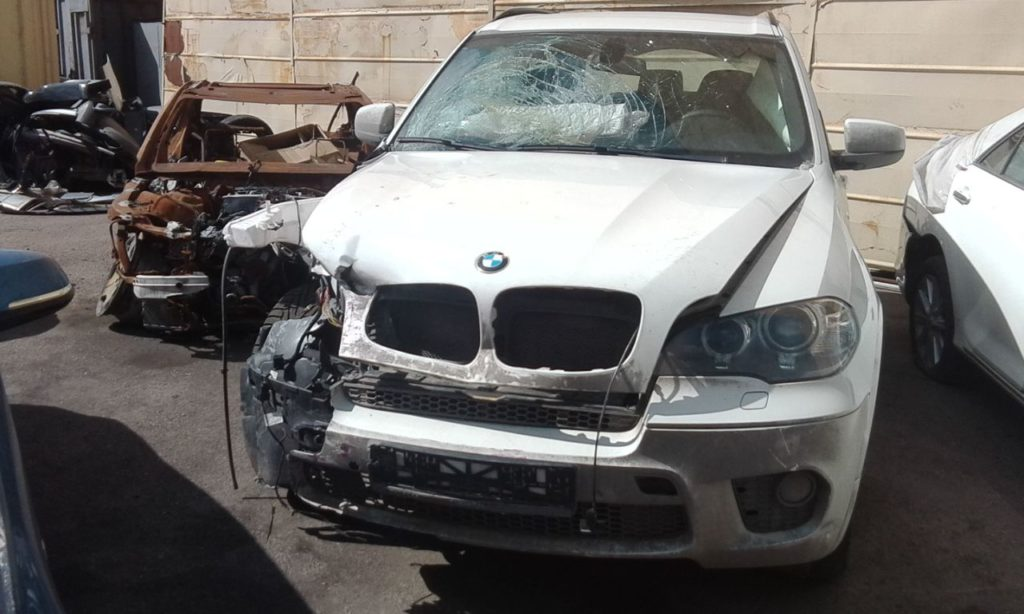 Выкупленный автомобиль BMW X5 на crashedcar.ru
