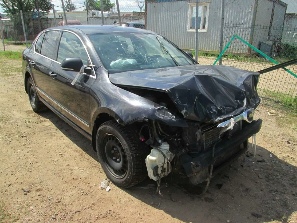 Выкуп битых авто Skoda Superb в crashedcar.ru