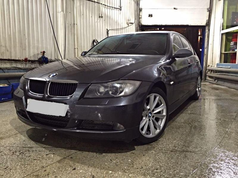 Выкупленный автомобиль BMW 3er на crashedcar.ru