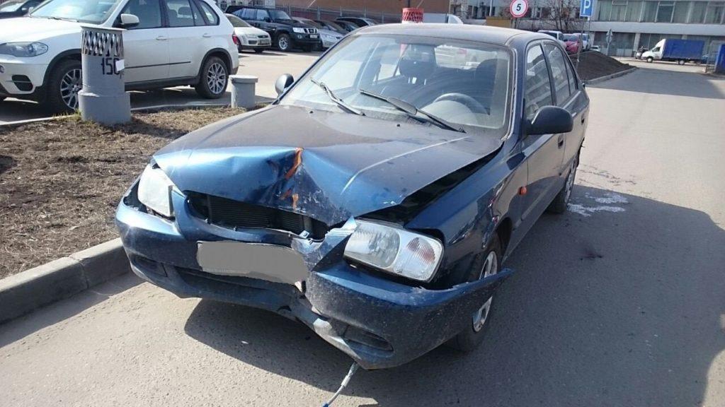 Выкупленный автомобиль Hyundai Accent на crashedcar.ru